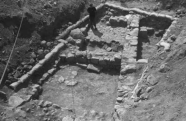 3. General view of excavation, looking west.