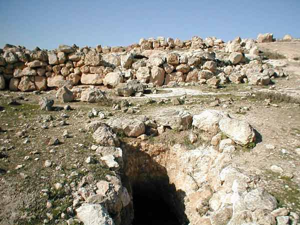 7. Site 27, <u>H</u>orbat Yattir, cave surrounded by sheepfold.